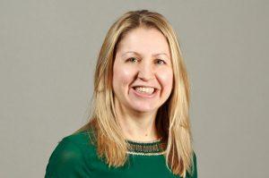 Lisa Williams headshot